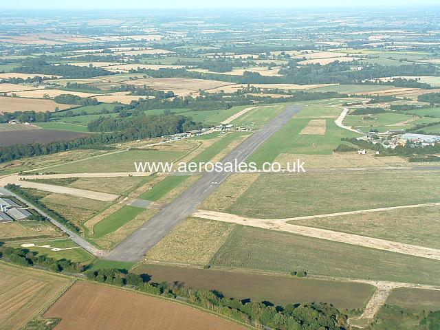AIRCRAFT PARKING AVALIABLE, OXFORDSHIRE £93.49 PCM